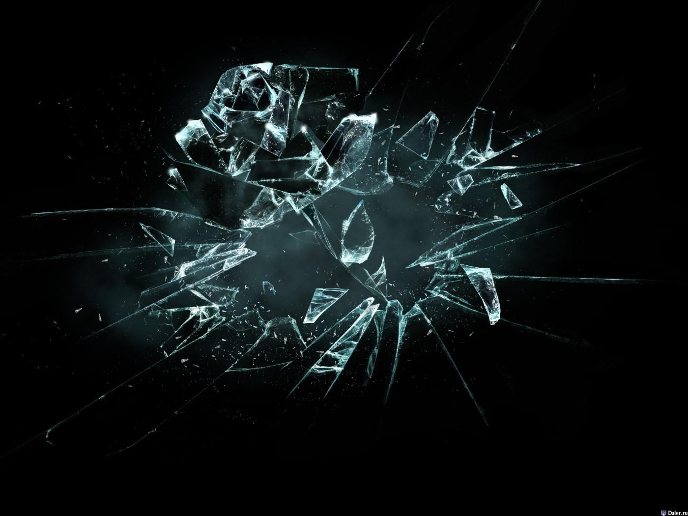 razbitoe-steklo-v-forme-rozyi-11936